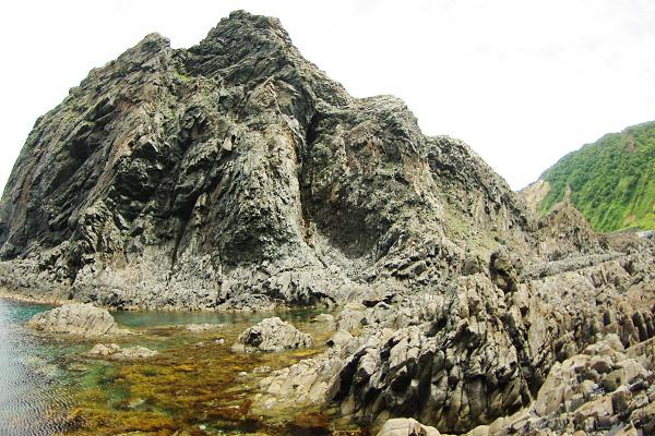 岩写真・3