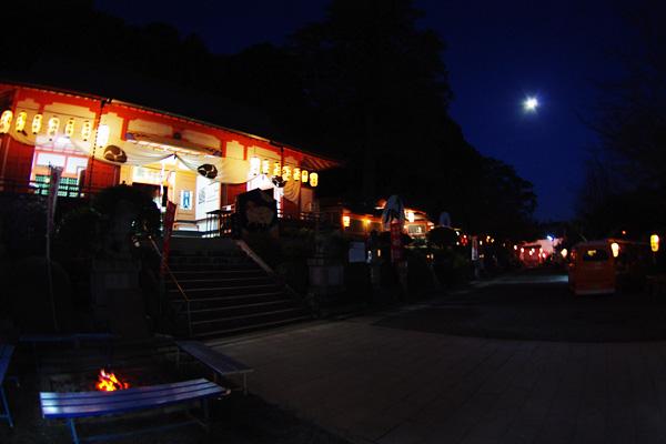 ライトアップ神社