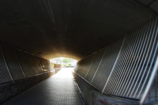 難波橋下通路