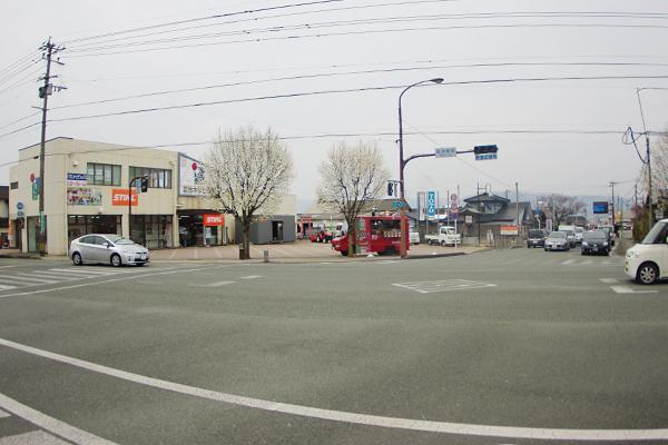 宮地駅前交差点