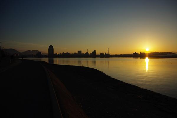 宍道湖と日の出