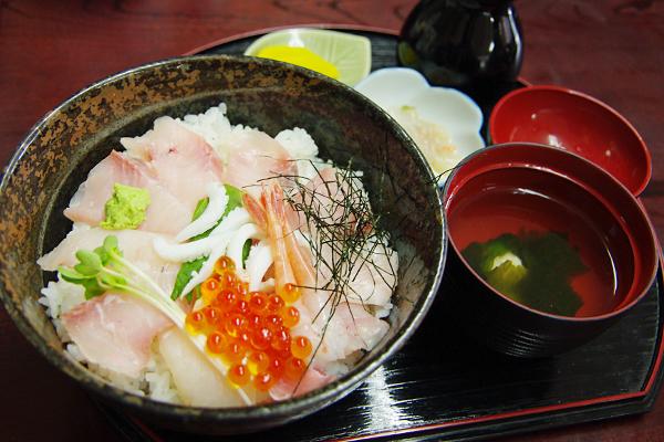 ヒラマサの海鮮丼